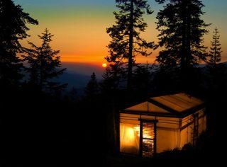 Glamp High Sierra Exterior